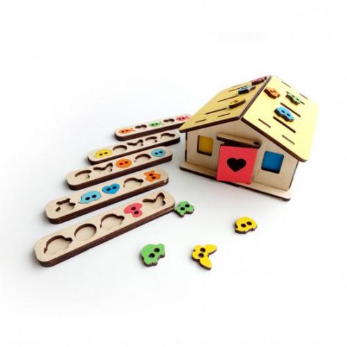 Развивающие игрушки домик